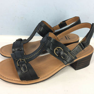 Clarks black leather sandals low chunky heel 6.5